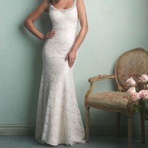 Allure Bridal Wedding Dress 9170